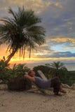 Relaxation de coucher du soleil Images stock