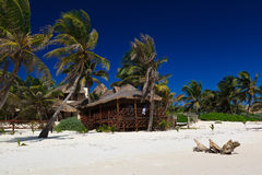 Relaxation sur la plage de Caribe, Mexique Photos libres de droits