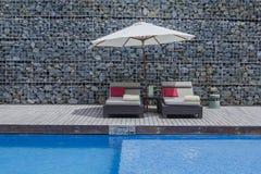 Relaxe cadeiras de praia Imagens de Stock Royalty Free