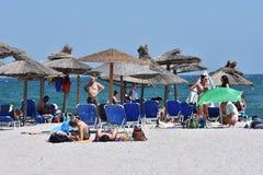 Relaxe na praia de Vama Veche, Romênia imagem de stock
