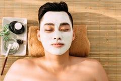 Relaxe no salão de beleza dos termas foto de stock royalty free
