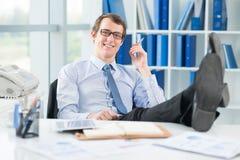 Relaxed бизнесмен стоковое изображение
