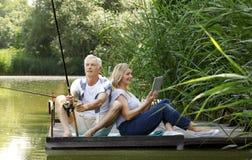 Relaxed старшие пары Стоковая Фотография RF