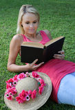 Relaxed Book Reader Otdoors Royalty Free Stock Image