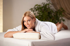 Relaxing in spa room Royalty Free Stock Photography