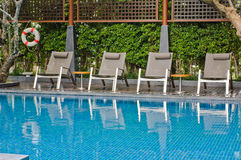 Relaxing swimming pool Royalty Free Stock Photos
