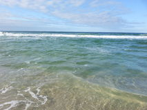 Relaxing waves Royalty Free Stock Photos