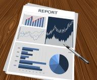 Relazione di attività ed illustrazione della penna Immagine Stock Libera da Diritti