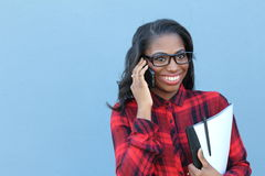 Relazioni a distanza romantiche di conversazione telefonica Immagine Stock