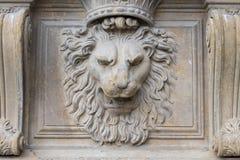 Relevo de bas da estátua do leão do pitti do palazzo de Florenze imagem de stock