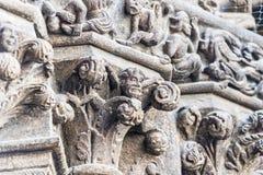 Relevo de pedra da gárgula na entrada da catedral de Stephan de Saint Fotografia de Stock Royalty Free