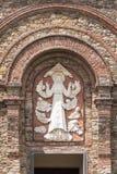 Relevo na fachada da igreja Fotografia de Stock Royalty Free