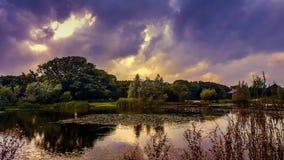 Relfections dans un lac Photo libre de droits