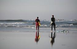 Relfex de las personas que practica surf Fotos de archivo libres de regalías