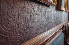 In reliëf gemaakt historisch behang Stock Fotografie