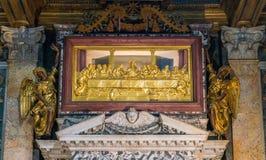 Relicário da última ceia no altar do sacramento abençoado, na basílica de Saint John Lateran em Roma imagens de stock royalty free