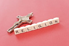 Religião com Crucifix Imagens de Stock Royalty Free