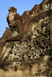 Religiös fronton i Angkor Wat Arkivfoto
