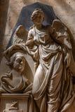 Religiösa Angel Statue och byst royaltyfri bild