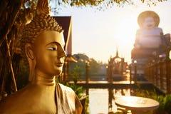 Religion Buddha-Statue, Wat Phra Yai Temple, Thailand buddhistisch stockfoto