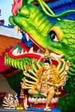 Religion Thailand Guanyin staty, Wat Plai Laem, stor Buddha Te Arkivbilder