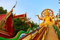 Religion Thailand Wat Phra Yai stor Buddhatempel på Samui Royaltyfri Bild