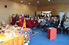 Reliken för den Maitreya hjärtarelikskrin turnerar Royaltyfri Foto