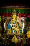 Relikskrin av Drubgon Jangchup Choeling den tibetana templet, Katmandu, N Royaltyfri Foto