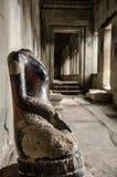Relique antique dans Angkor Vat images stock
