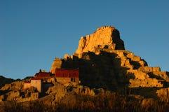 Reliquie di un castello tibetano antico Immagini Stock