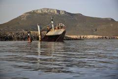 Relitto rotto abbandonato della nave Fotografia Stock