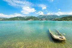 Relitto sul lago Turano Fotografie Stock