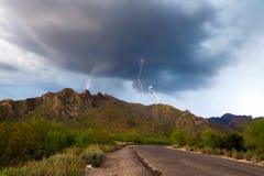 Relâmpago da montanha de Tucson Imagens de Stock Royalty Free