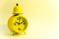 Reloj amarillo Imagen de archivo