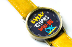 Reloj amarillo retro de la pulsera por adolescencias aislado en blanco Fotos de archivo