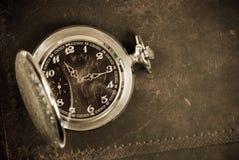 Reloj antiguo viejo Foto de archivo