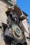 Reloj astronómico en el cuadrado central de Praga Imagen de archivo libre de regalías