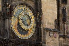 Reloj astronómico en la ciudad vieja Hall Tower In Pague Foto de archivo libre de regalías