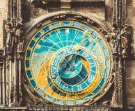 Reloj astronómico en Praga, República Checa Ciérrese encima de la foto Fotografía de archivo libre de regalías