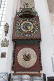 Reloj astronómico en St Mary, Gdansk Imagenes de archivo