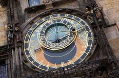 Reloj astronómico famoso en Praga Imágenes de archivo libres de regalías
