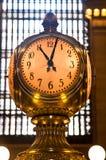 Reloj coloreado de oro del terminal de Grand Central Foto de archivo