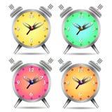 Reloj de alarma colorido aislado en el fondo blanco libre illustration
