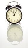 Reloj de alarma de la vendimia - aislado imagen de archivo