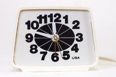 Reloj de alarma eléctrico viejo Imágenes de archivo libres de regalías