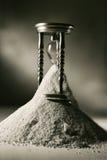 Reloj de arena quebrado Foto de archivo