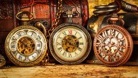 Reloj de bolsillo del vintage Fotos de archivo libres de regalías