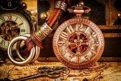Reloj de bolsillo del vintage Imágenes de archivo libres de regalías