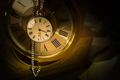Reloj de bolsillo viejo Foto de archivo libre de regalías