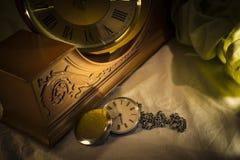 Reloj de bolsillo viejo Imágenes de archivo libres de regalías